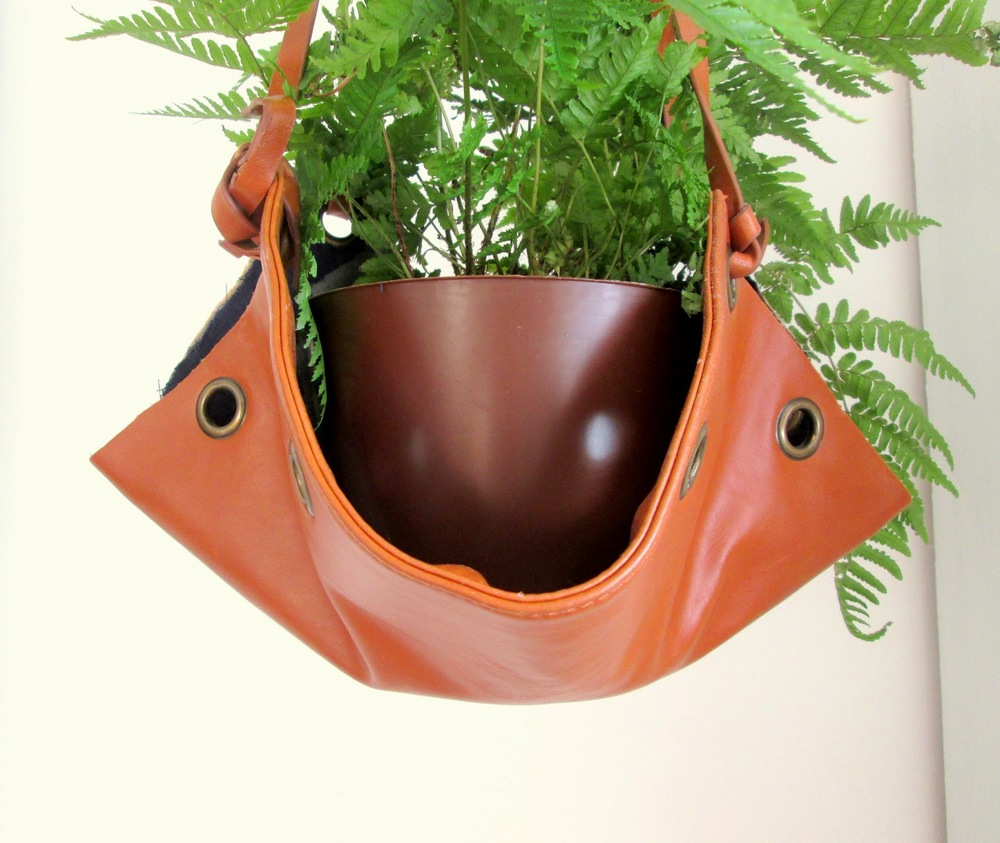 leather%2Bplanter1.jpg