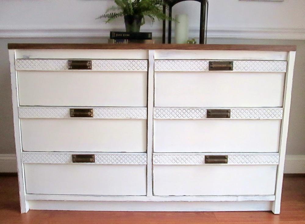 old+white+dresser7.jpg
