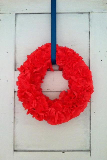 crepe+wreath003.jpg