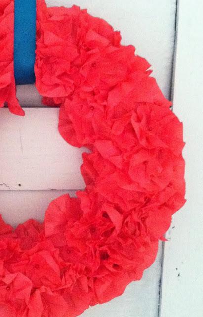 crepe+wreath006.jpg