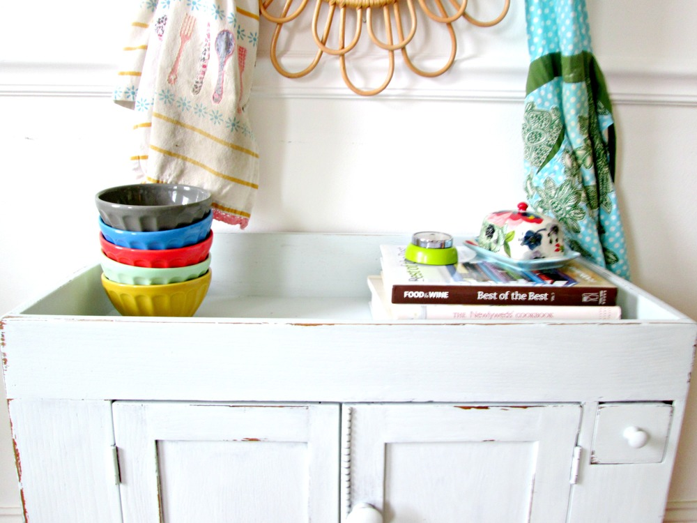 Collection tip: When you love a store or a particular item that you can't afford large purchases from, just keep a sharp eye for items on clearance, or indulge in smaller affordable pieces every now and then. The stacked bowls were the beginning of my collection - as our family grew, we would add one new bowl per family member.