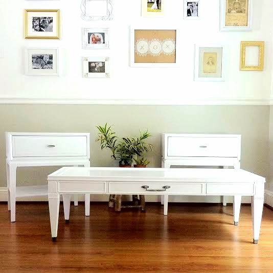 white lacquered set.jpg