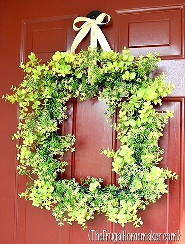 spring wreath2.jpg