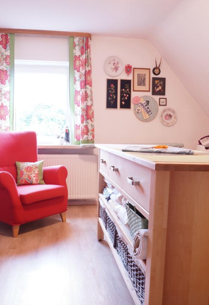 Reader Design: Maggie\'s Sentimental Home Abroad — StyleMutt Home ...
