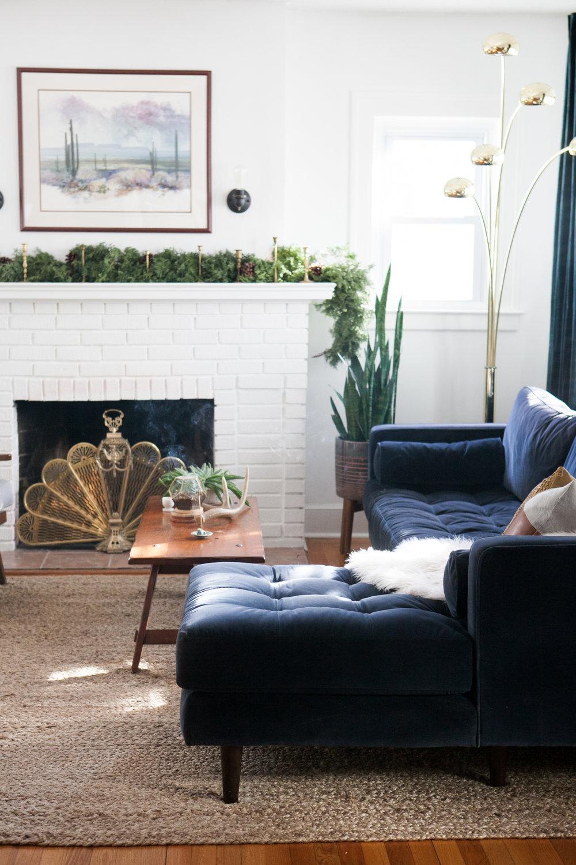 04_LivingRoom-Stylemutt-Home-Tour-Jessica-Brigham.jpg