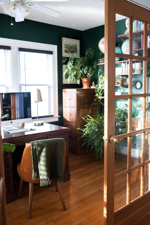 01_Office-Stylemutt-Home-Tour-Jessica-Brigham.jpg