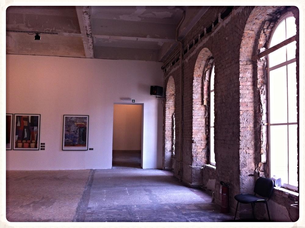 """Expositie """"Disappearing Things"""" in het Belgrade City Museum. Prachtig pand, bijzondere kunst!"""
