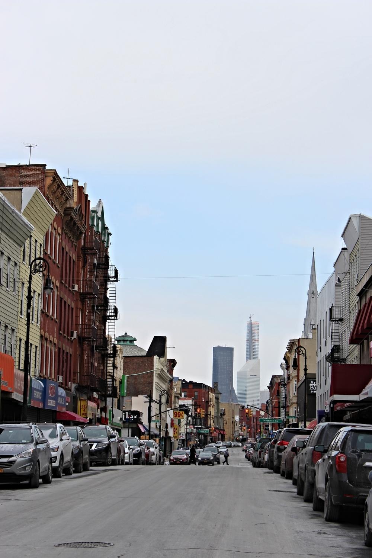 Een praktisch lege straat in Brooklyn. Het was zo koud dat niemand naar buiten wilde.