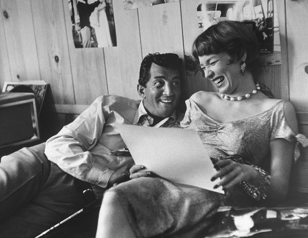 Dean Martin with Shirley MacLaine (1958) Allan Grant/Life Picture