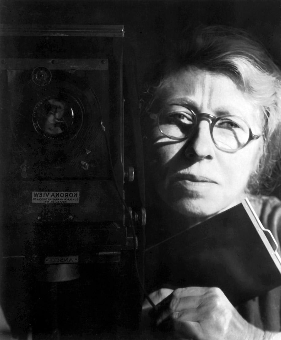 Imogen Cunningham self-portrait, 1933
