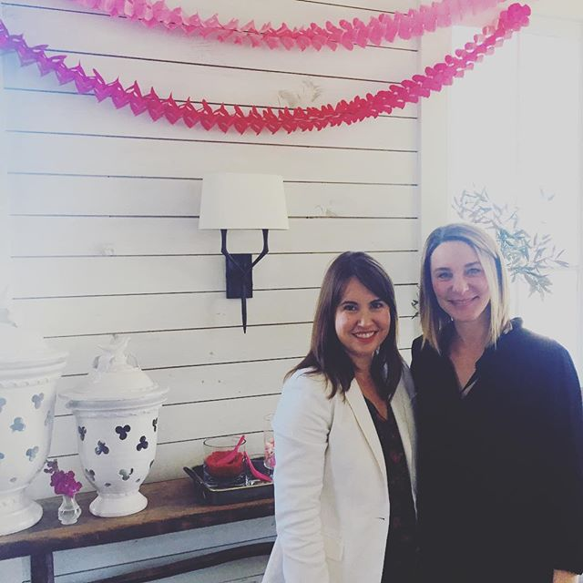Thank you to @aliciaemrart for spreading the love of art. Loved your Vday brunch and card making party. #weloveart #art #interiordesign #interiordesigner #artadvisor