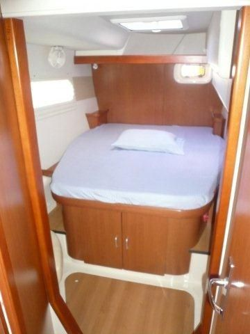 DD SB Aft Cabin.jpg