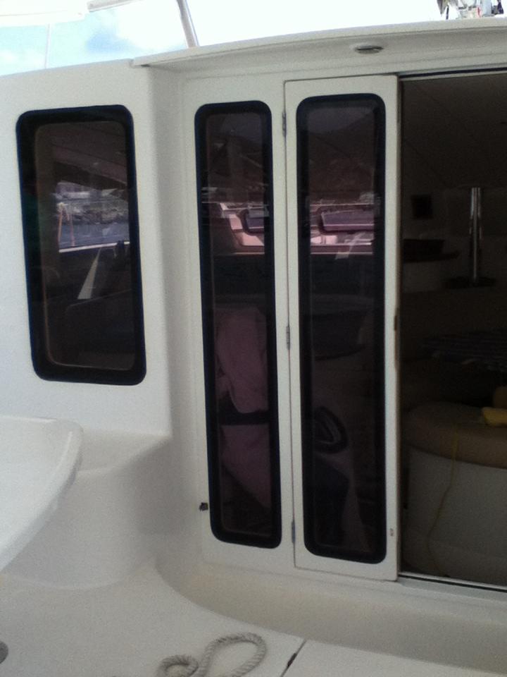Moonshine - Cockpit entranceway doors.JPG
