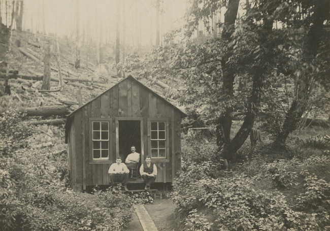 Persson also designed 3 man houses that could  load onto trains  and moved to the next logging operation, (1910-12). Link provided by The Oregon Historical Society