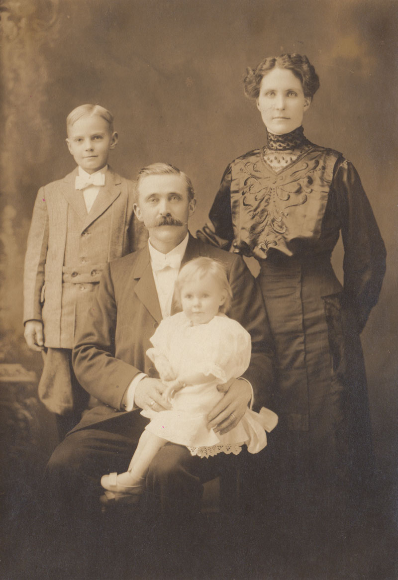 Pearson family (Holger, Ottolina, Erik and Brita) 1912-13, Portland, OR, photographer unknown.