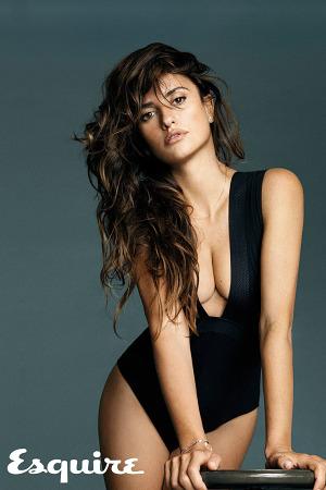 penelope-cruz-sexiest-woman-alive-esquire-5-300x450.jpg