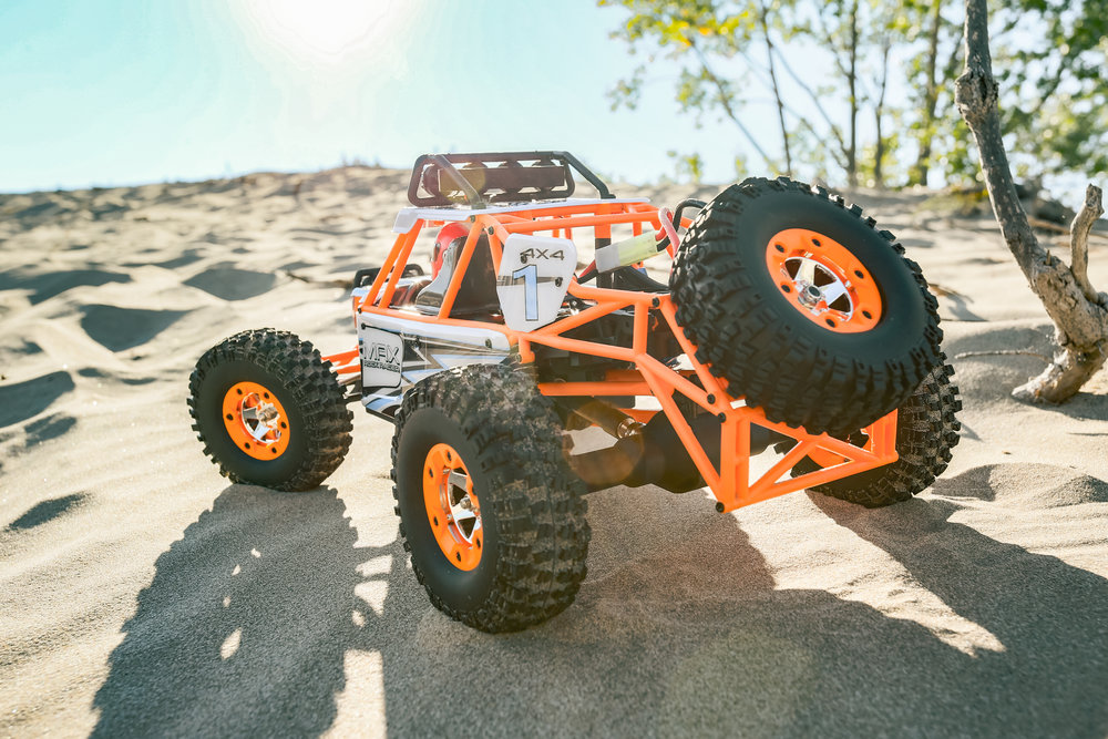 True All-Terrain Capability - The LiteHawk MAX 4x4 not only looks the part but fares exceptionally well on all terrain types. Giant off-road tires and massive suspension clearance help MAX roll over any obstacle.