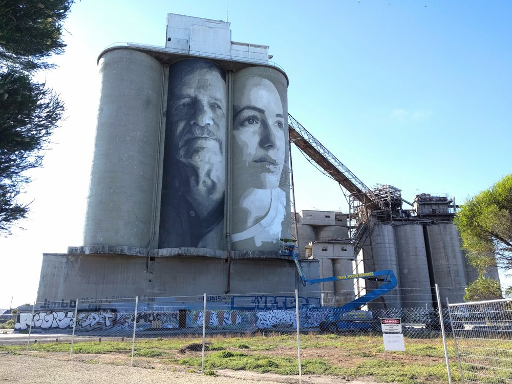 The artwork on Fyansford's middle cement silo is complete; Geelong-born artist Rone is currently undertaking work on the second (right-hand) silo.  Photo taken 12.12.2017