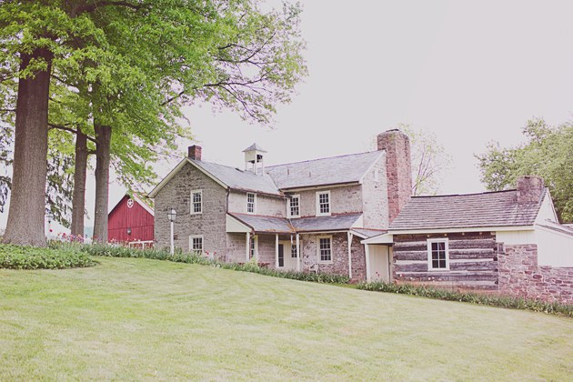 blogs-aisle-say-02Vibrant-Vintage-Wedding-Lititz-Pennsylvania-Jacquelyne-Mae-Photography-Hopeland-Farm.jpg