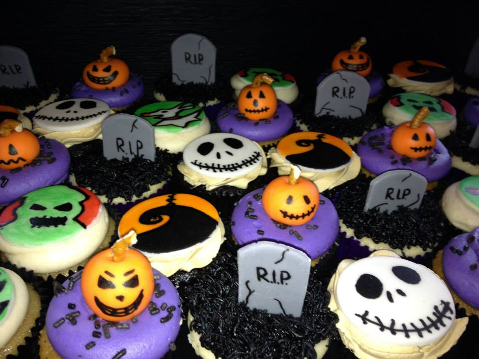 hand-made custom 'nightmare before christmas  ' themed cupcakes