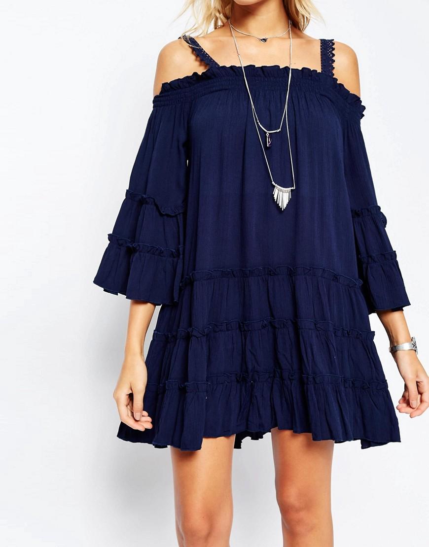 navy dress.jpg