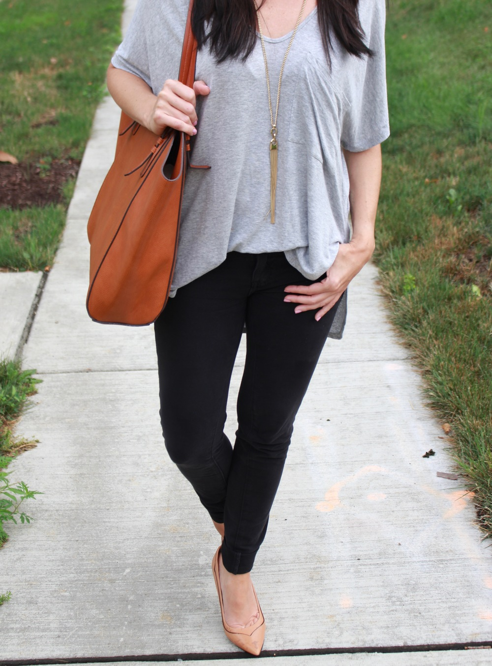 lush  deep v-neck tee / Sole society  faux leather trapeze tote