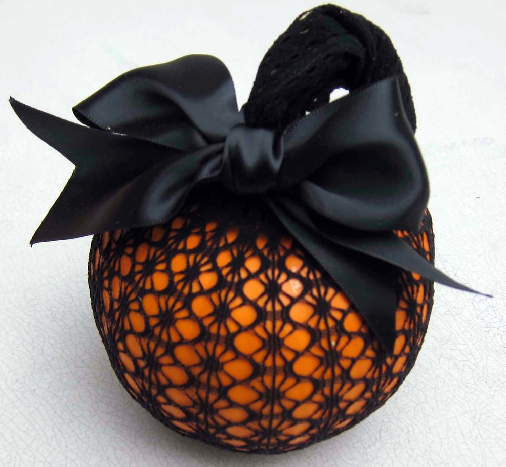 lace pumpkin from pinterest