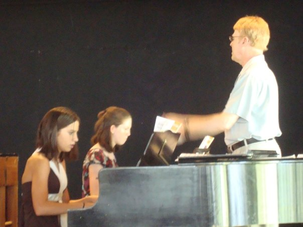 Kevin conducting and teaching at Inspiration Point Fine Arts Colony Piano and String Camp in July, 2008.