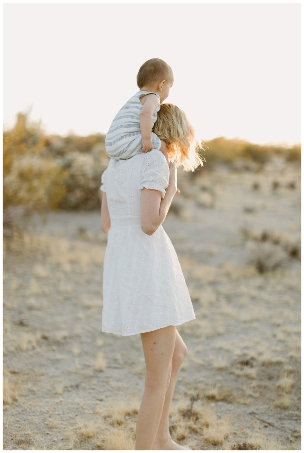 rhi-motherhood-joshua-tree (63 of 113).jpg