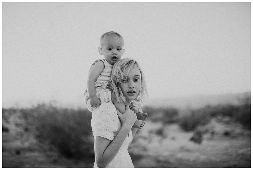 rhi-motherhood-joshua-tree (64 of 113).jpg