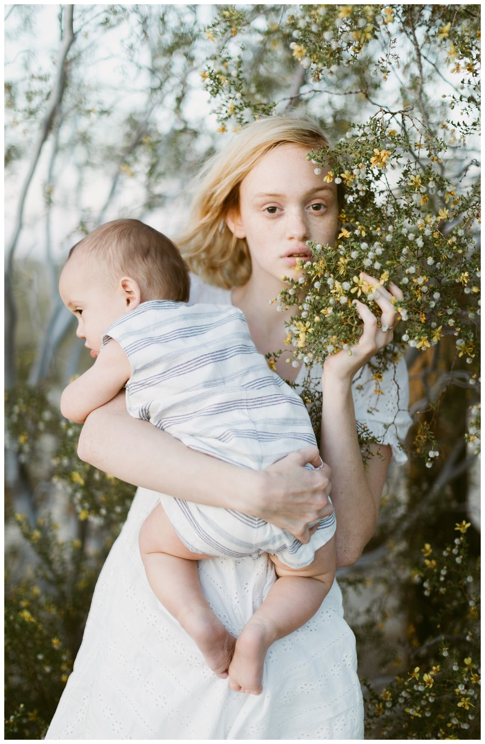 rhi-motherhood-joshua-tree (86 of 113).jpg