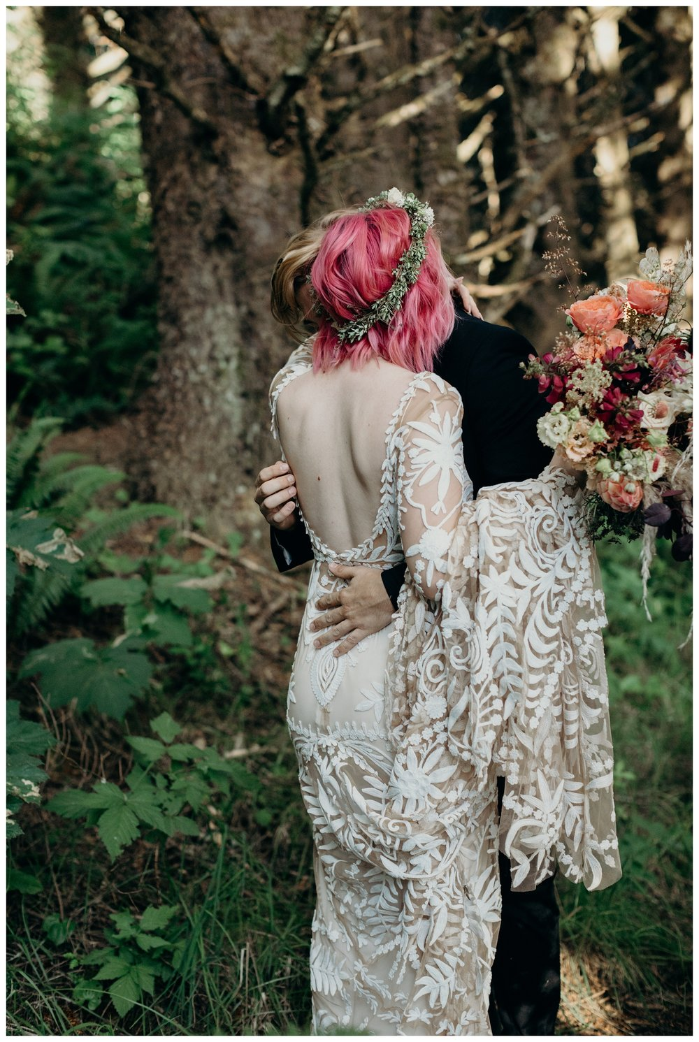 lexi-gage-oregon-coast-elopement (130 of 369).jpg