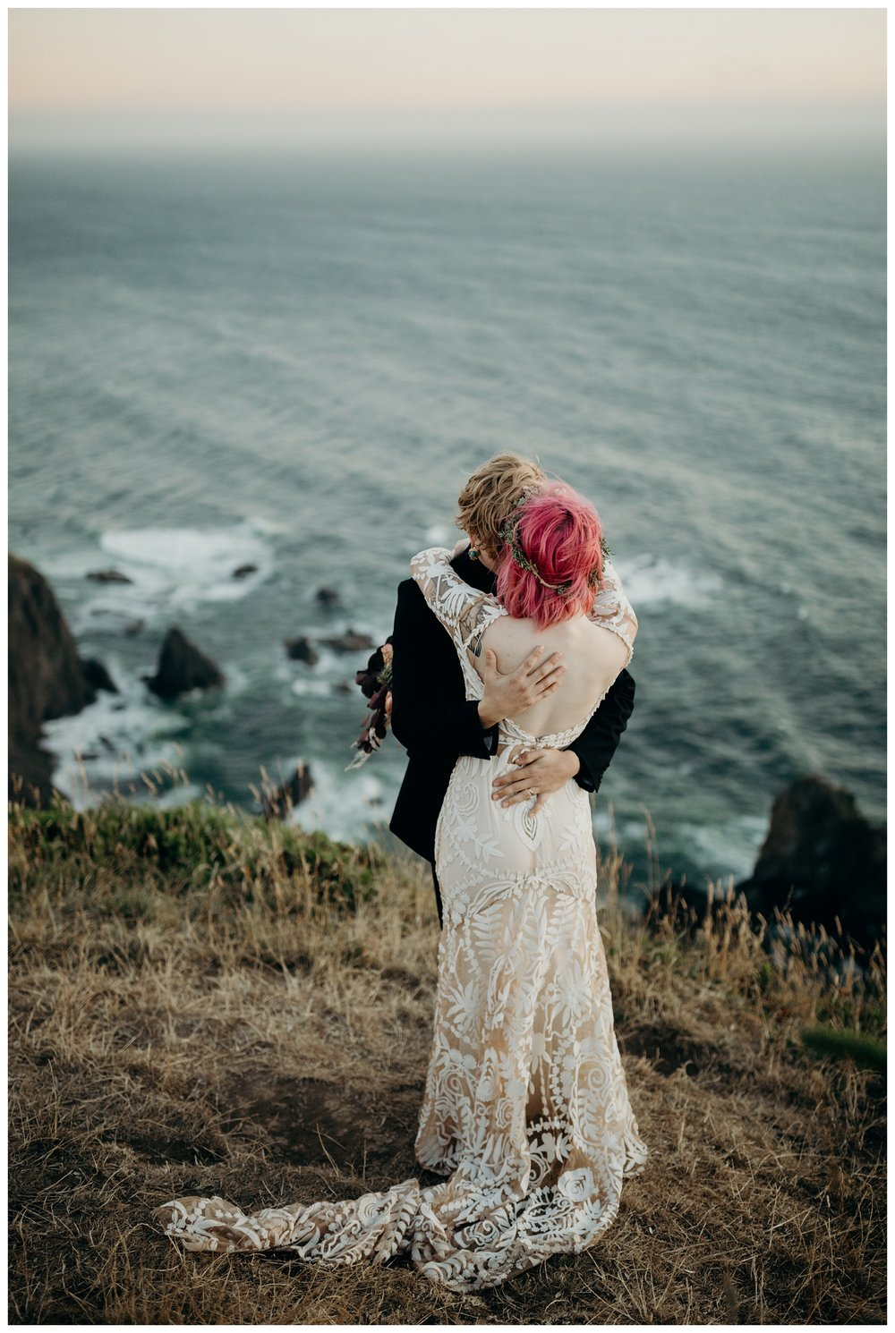 lexi-gage-oregon-coast-elopement (310 of 369).jpg