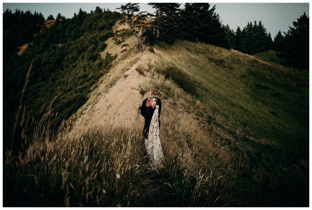 lexi-gage-oregon-coast-elopement (348 of 369).jpg