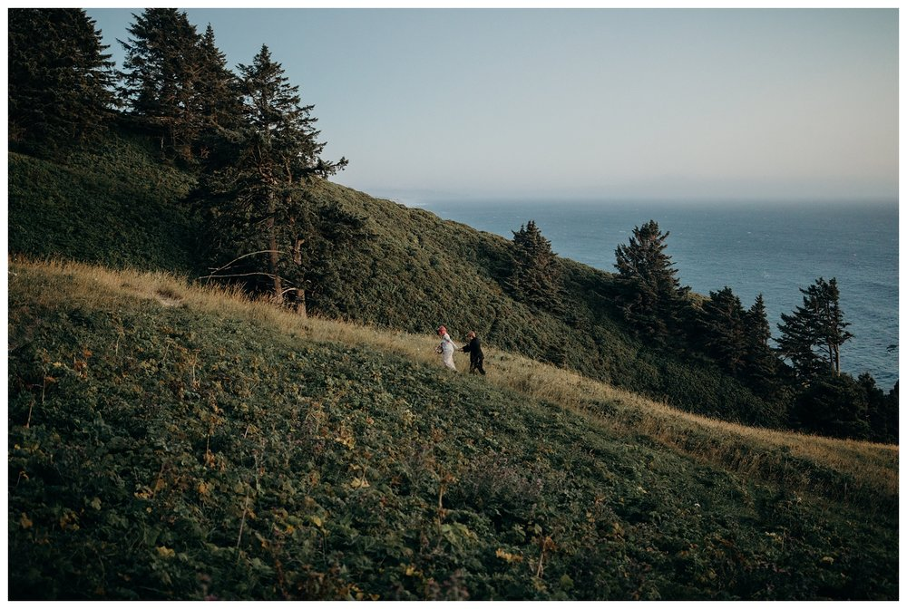 lexi-gage-oregon-coast-elopement (357 of 369).jpg