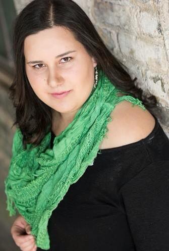 www.ashleybieniarz.com - Pianist | Singer-Songwriter | Winnipeg Music Blogger