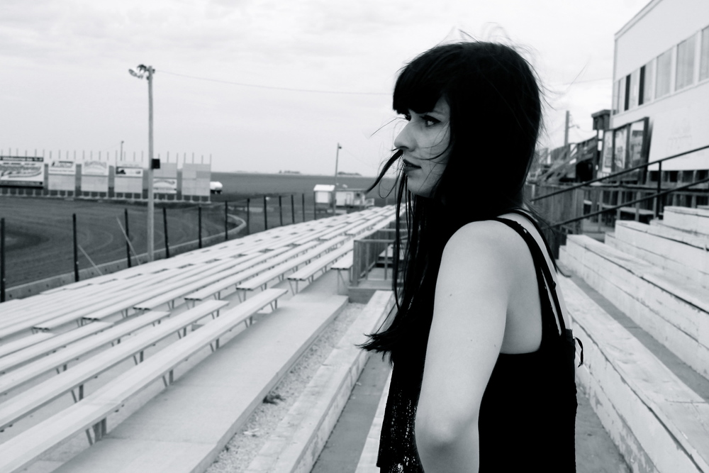 www.ashleybieniarz.com - Pianist | Singer-Songwriter | Winnipeg Music Blogger French Press