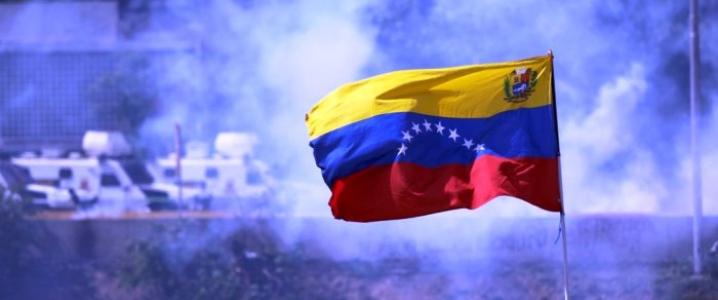 Sometimes the politics overlook the people. PC: Raul Arboleda