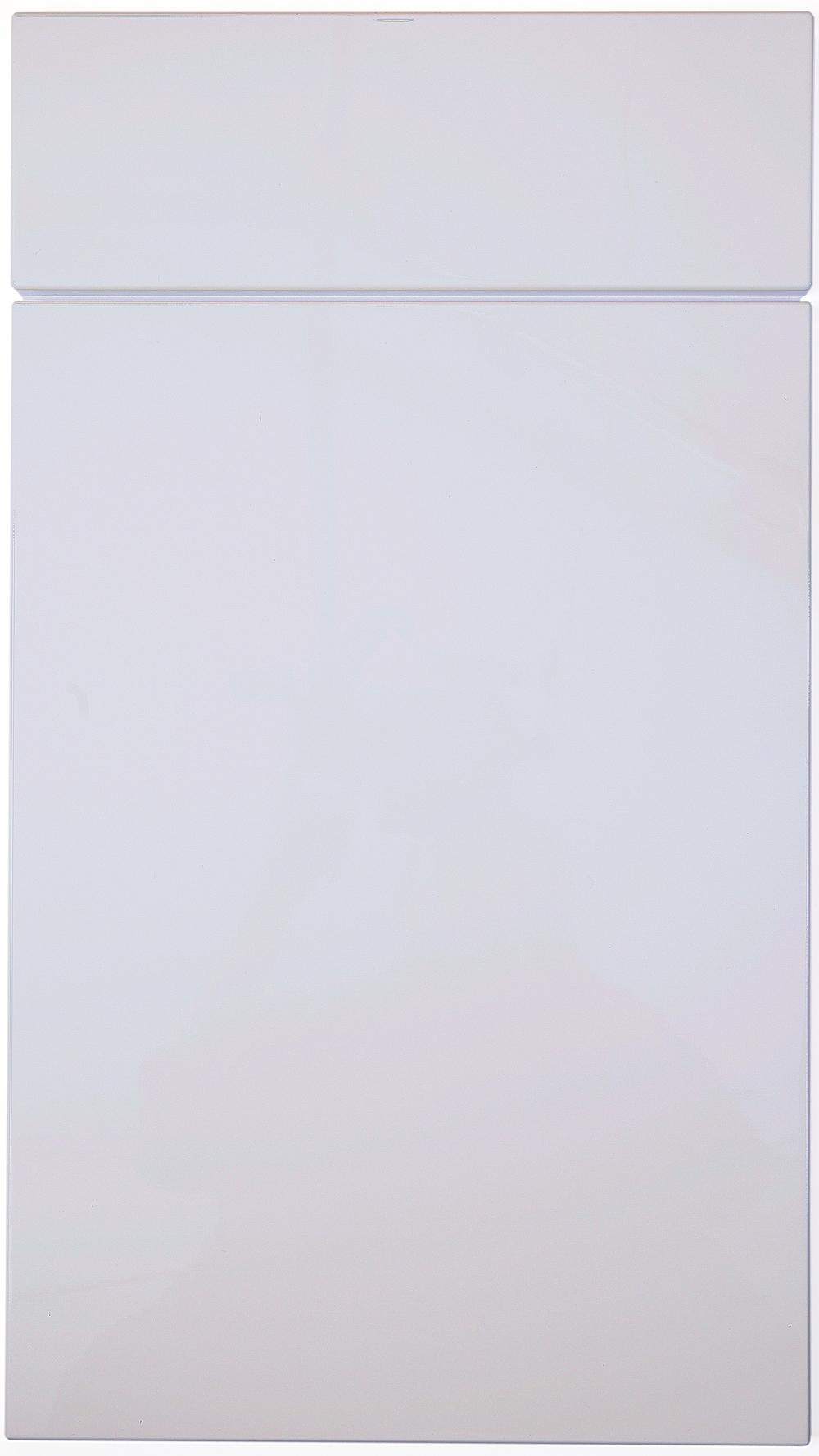 Korkea kiiltävä valkoinen.jpg