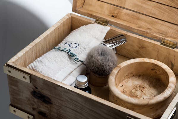 Bespoke male grooming with personalised handmade shaving sets by Thomas Clipper