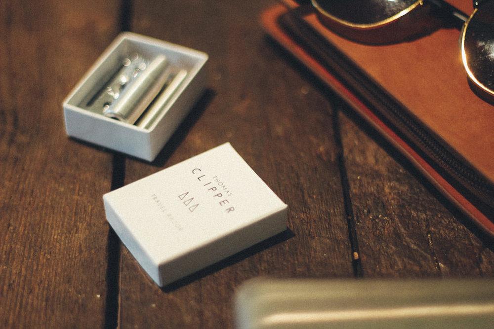Luxury double edge travel razor by Thomas Clipper