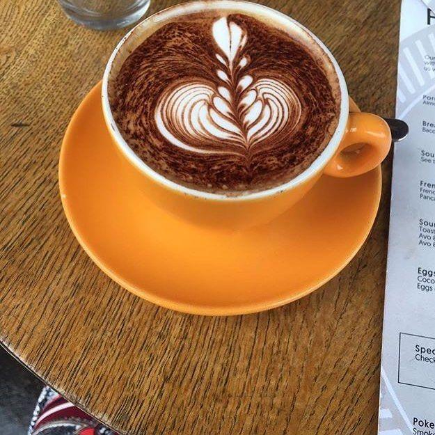 UKCW - 2018 - papercup roastery latte art - paper cup.jpg