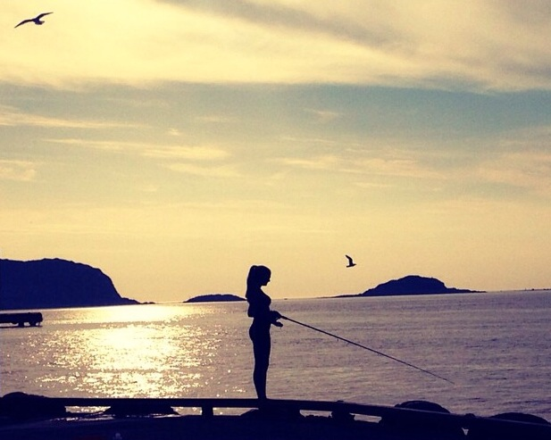 Do Your Thing.  Or try something New.    Life doesn't have to be so complicated.   Famme is fishing on a beautiful summer's day in Ålesund, where her dad is from.  Photo: John-John Bruseth
