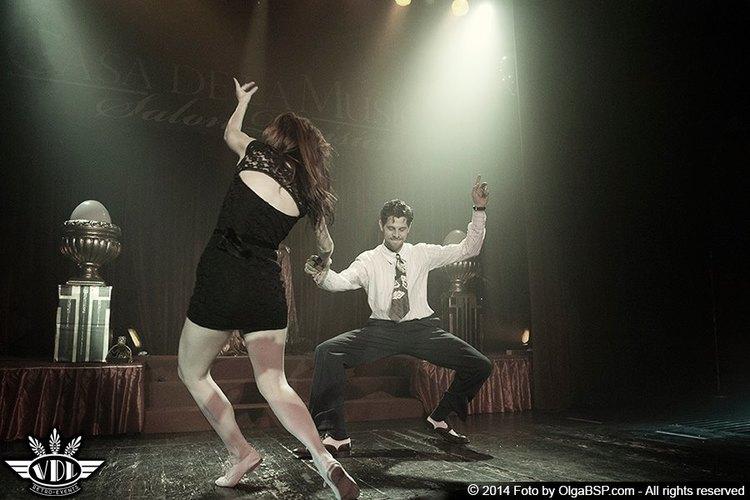 Agenzia di Burlesque Voodoo De Luxe   www.voodoodeluxe.com