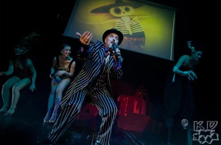 ageniza-di-burlesque-spettacolo-circense-milano.jpg