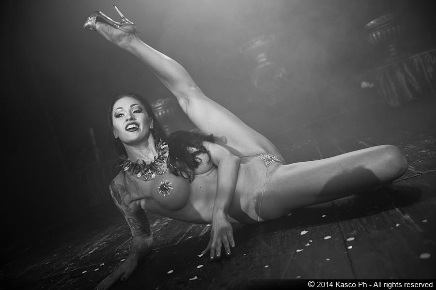 burlesque-milano-agenzia-voodoo-deluxe9.jpg