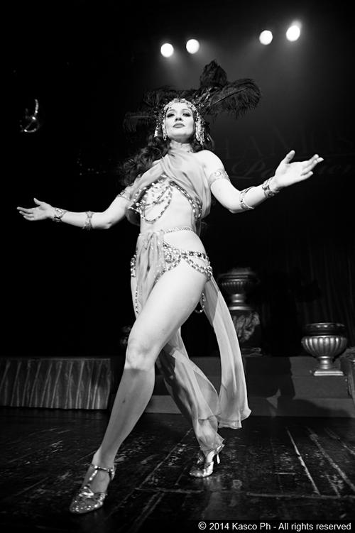 burlesque-revue-milano-agenzia-voodoo-deluxe-1.jpg