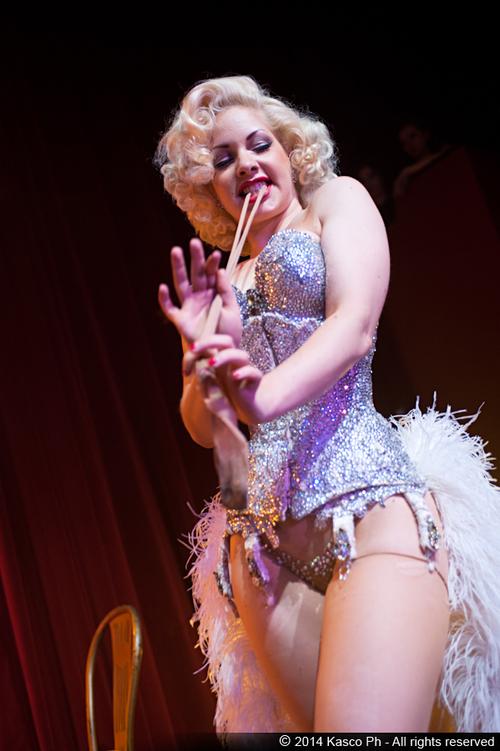 milano-agenzia-di-burlesque-voodoo-deluxe-glamour-retro.jpg
