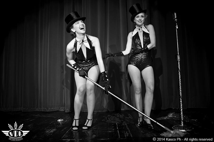 cabaret-retro-burlesque-milano-agenzia-voodoo-deluxe-spettacolo.jpg