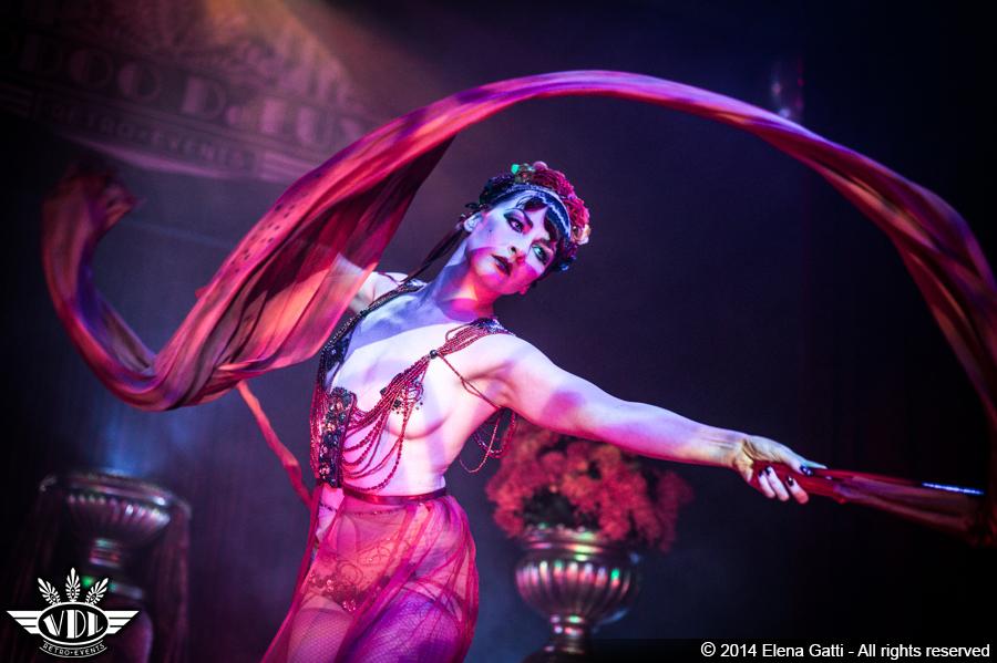 burlesque-vaudeville-expo-milano-2015.jpg